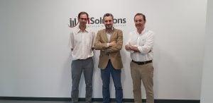 Javier Bartolomé, Director de Tecnología & Innovación de IMSolutions;  Rodrigo García de la Cruz, Presidente de la AEFI y Juanjo Fernández, Director General de IMSolutions
