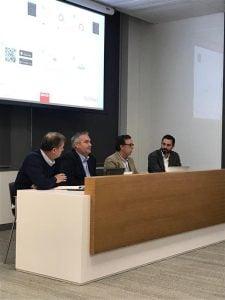 De izq. a drch. Martín Huete, vicepresidente de la AEFI, Alejandro Marín de Brokalia, Diogo Moares de Cálculo y David Navarro de Wiquot